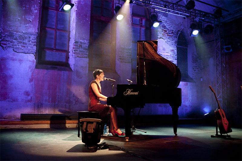 huong-dan-su-dung-pedal-piano-01